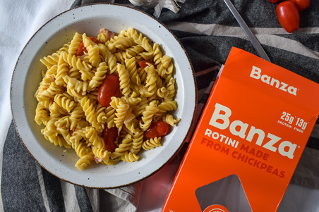 Banza Recipe for an Easy & Healthy Pasta Dinner!