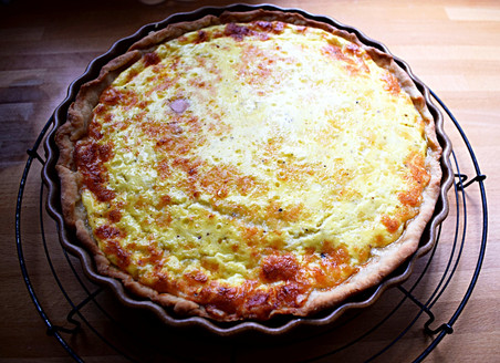 Cheese Quiche with Onion & Bacon