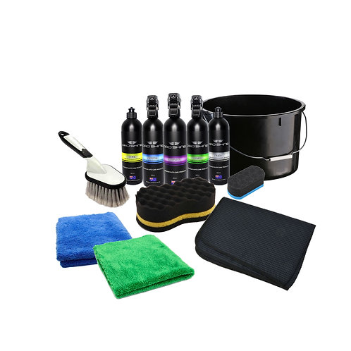 ESSENTIAL CAR CARE PACK