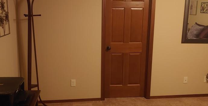 LL Spare Bedroom 3.jpg