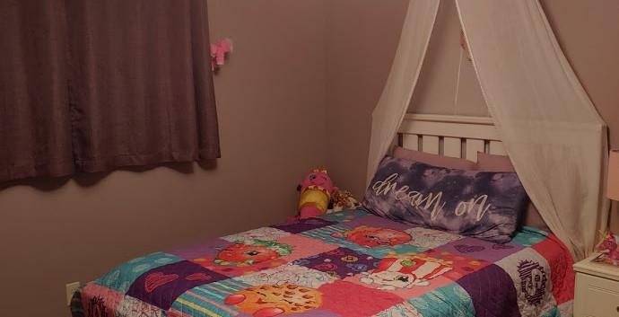 2 LL Bedroom 2.jpg
