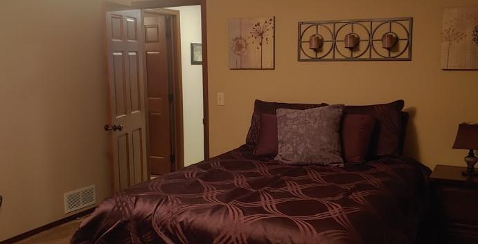 LL Spare Bedroom 2.jpg