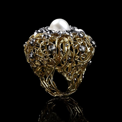 White Pearl Nest Ring