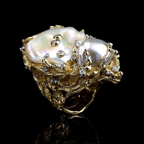 Magnum Pearl Nest Ring