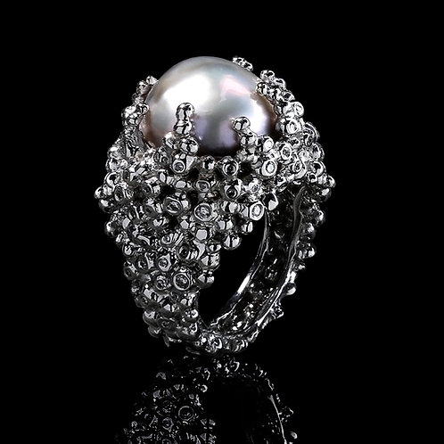 Royal Pearl Nest Ring