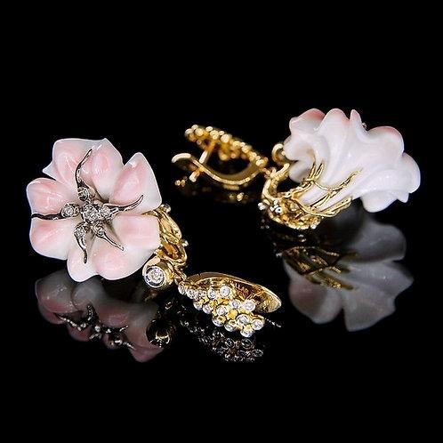 Art Nouveau Cobo Shell Earrings