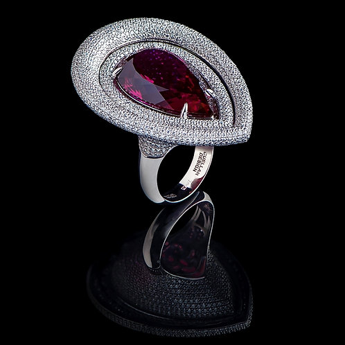 Gala Red Spinel Ring