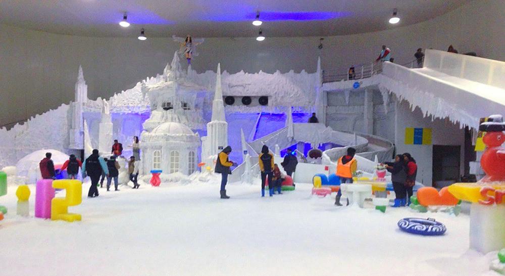 เมืองหิมะอินเดีย เมืองหิมะบังกาลอร์ สวนสนุกอินเดีย สวนสนุกบังกาลอร์ อากาศเย็นอินเดีย อากาศเย็นบังกาลอร์
