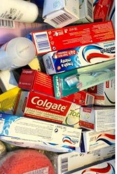 Volunteers are paying for essential toiletries for asylum seekers - please help