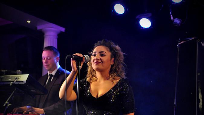 Female Vocals Wedding Band Manchester