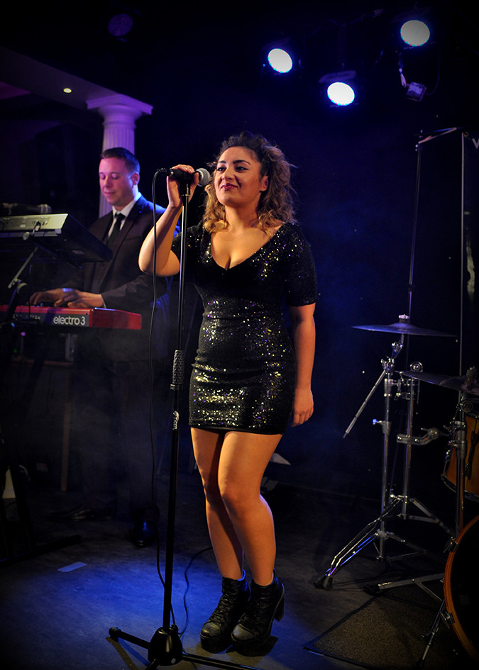 Female Vocals Wedding Band Manchester