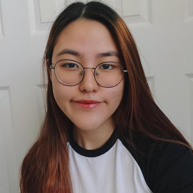Chloe Kim '23, Arts Editor