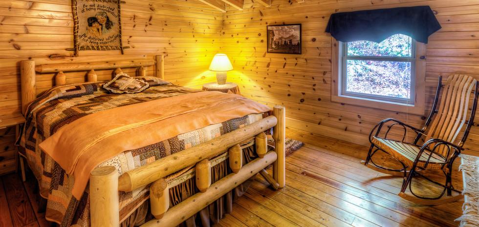 upstairs bedroom 1IMG_7741_2_3ps.jpg