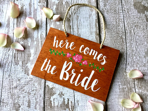 Flower girl/page boy 'Here comes the bride' wedding sign