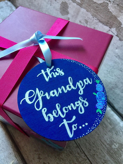 Wooden round gift tags