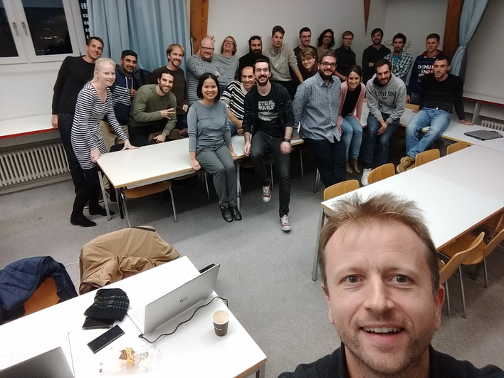Teaching new generations of Bioinformaticians at UniBe