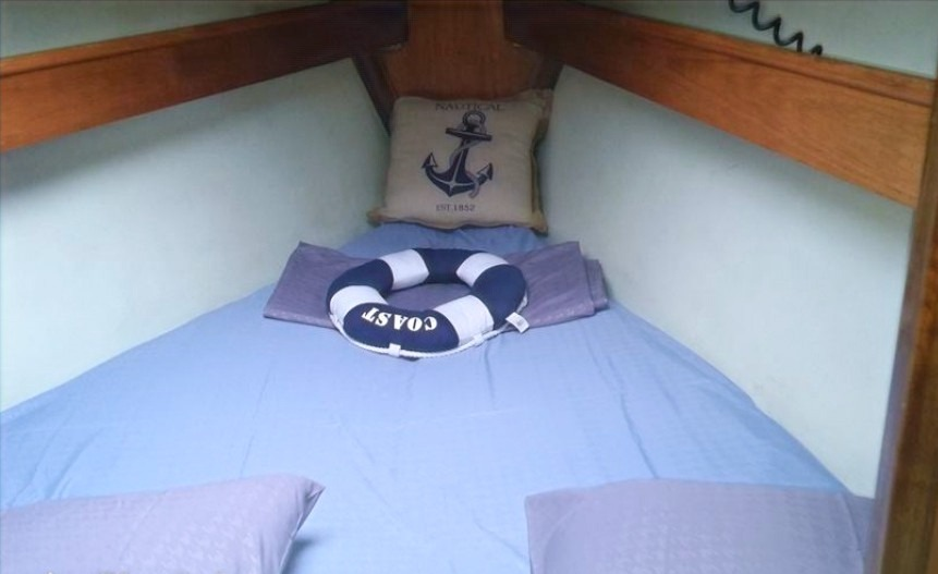 sailwith boat cabin