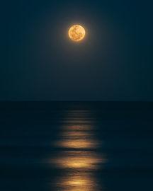 sailwith santorini full moon cruise
