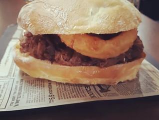 """Nueva hamburguesa en Vuitantas """"La Paris"""""""