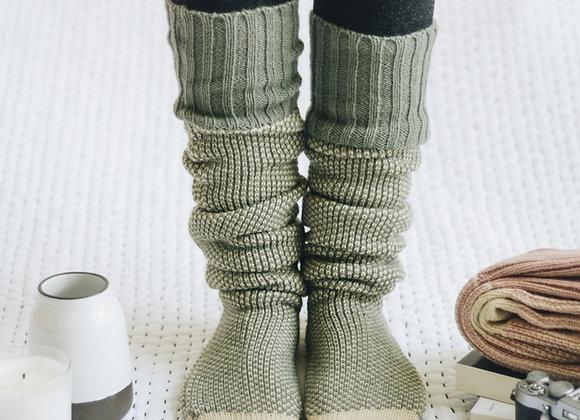 Two Tone Knee High Lounge Socks