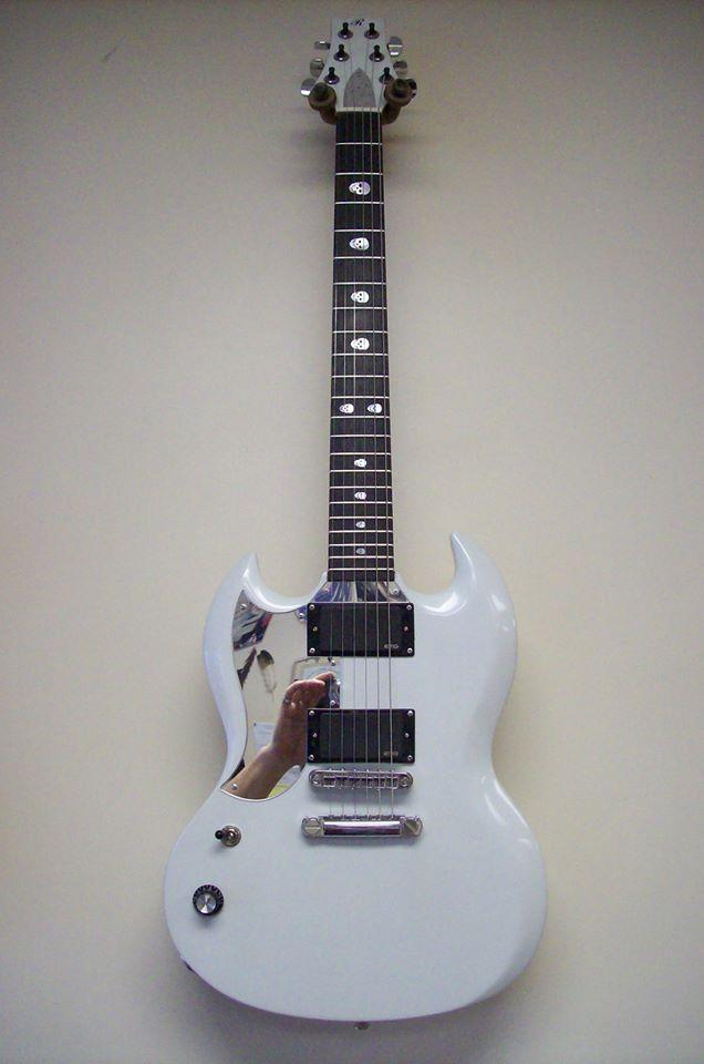 Jimi Bell Guitar