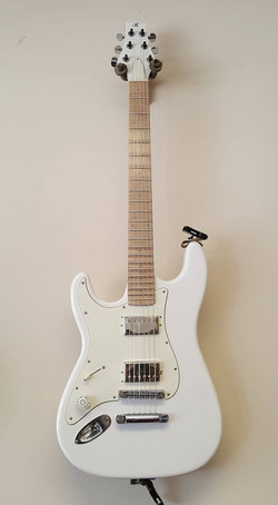 Jimi Bell superstrat Originally had 2 seymore Ducan hotrails, switched it to two humbuckers.