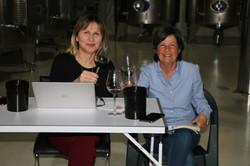 Graziana e Gabriella al lavoro