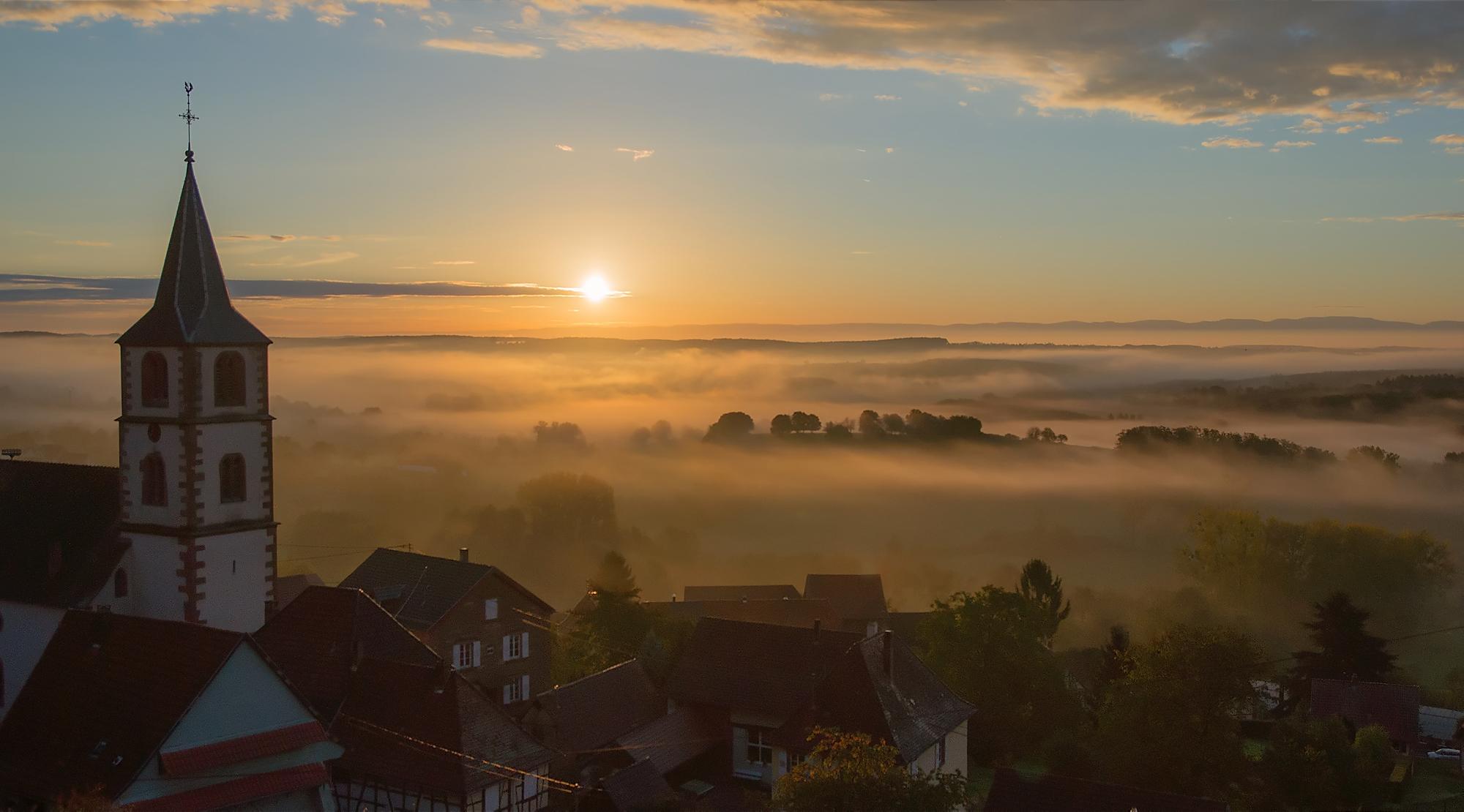 Vue du levé de soleil à Oberbronn