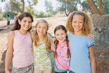 Šťastné mladé dívky