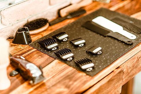 leistungen-barbershop-herrensalon-schwer