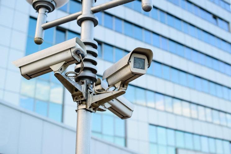 uberwachung-unternehmen-alarm-direct