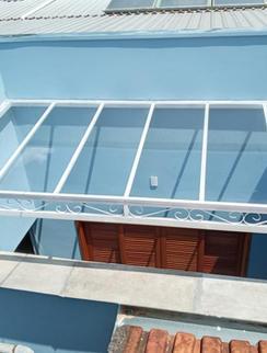 Toldos residencial em plicarbonato compacto cristal