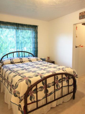 Main Master Bedroom .jpg