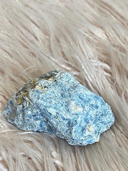 Kyanite 9cm