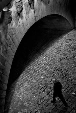 A l'ombre du pont