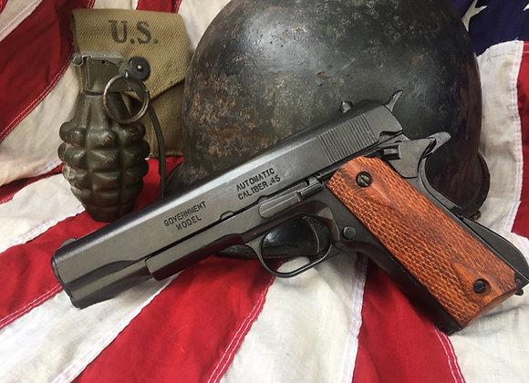 Colt 45 Government Auto Replica (Checkered Timber Grip)