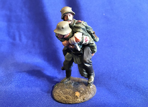 WW1 German Medic and Casualty