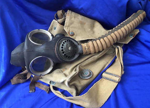 WW2 Australian Army Gas Mask and bag (minus filter, barn find condition)