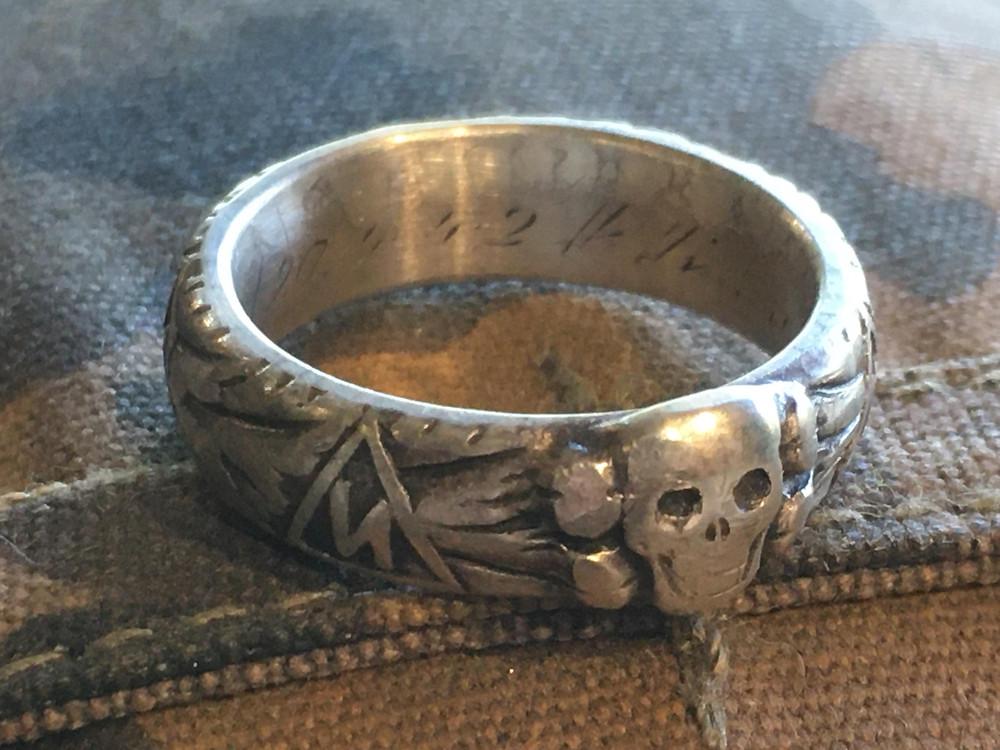 WW2 German SS Honour /  Totenkopf Ring