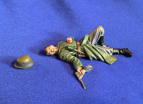 WW1 German Casualty by Thomas Gunn