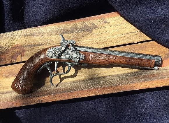 18th Century Flintlock Pistol / curved trigger grip