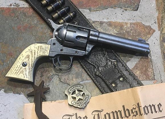 Colt 45 Peacemaker (imitation bone grips)