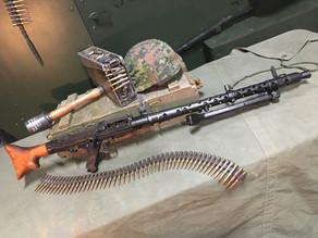 Spotlight on the Denix WW2 MG34 Replica – IT'S SENSATIONAL!