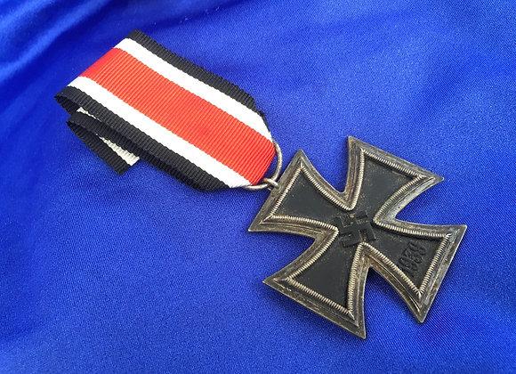 WW2 German EK2 maker mark 85 on ring (original)