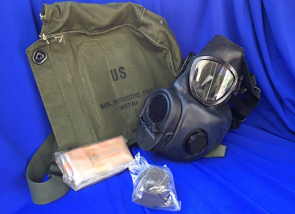 US M17 Gasmask un-issued condition