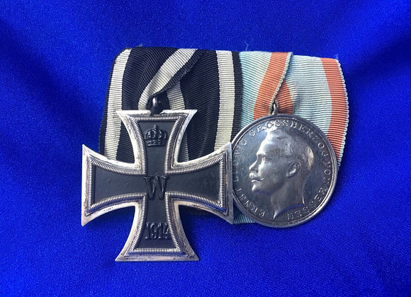 WW1 German Iron Cross and Hesse Darmstadt Pair