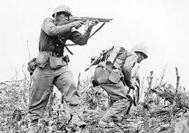 Tommy Gun WW2.jpg