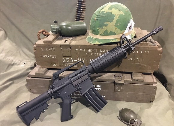 Colt CAR-15 / M16 Carbine Metal Replica (also a gel blaster)