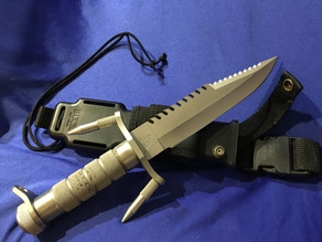 The Buckmaster 184 - A very unusual military / SEAL survival knife
