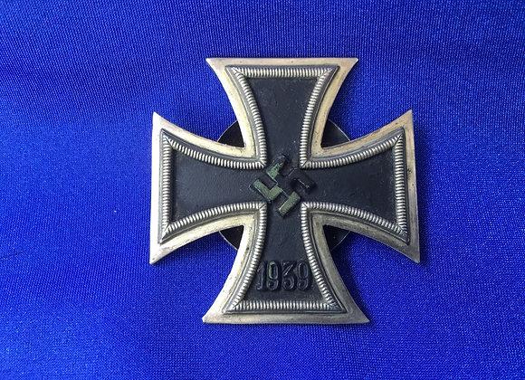 WW2 German EK1 Screw Back Maker L/53 Hymmen & Co (original)